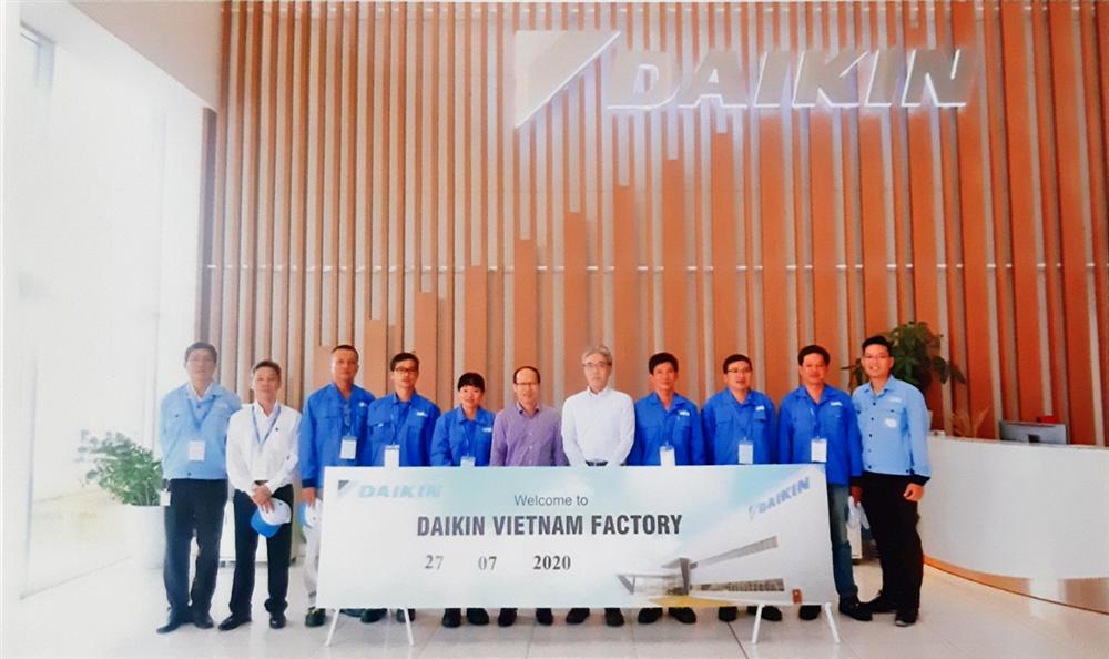 Công ty Daikin Việt Nam tài trợ thiết bị dạy học cho nghề Vận hành, sửa chữa thiết bị lanh